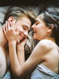 Gli studi sui benefici del sesso