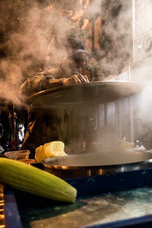 Quale macchinario scegliere per la cottura a vapore
