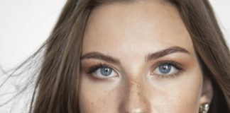 Pelle secca sul viso da dove viene e come sbarazzarsene